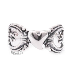 Ezüst Gyűrű Romantikus Szív Mintával