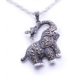 Sterling Ezüst Elefánt Medál Markazittal és Cirkóniával