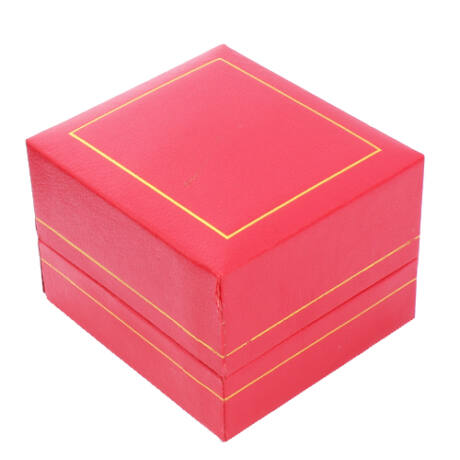 Gyűrűs doboz - Piros műbőr arany csíkkal