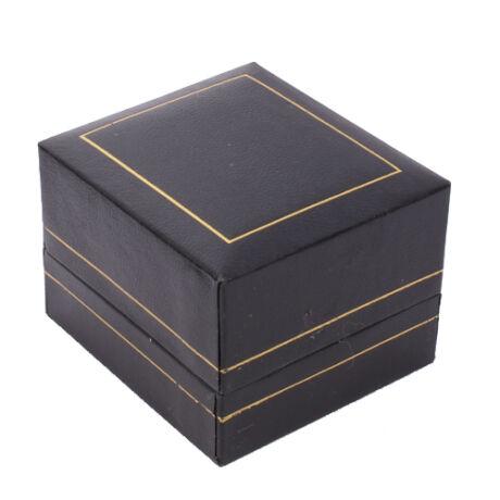 Gyűrűs doboz - Fekete műbőr arany csíkkal