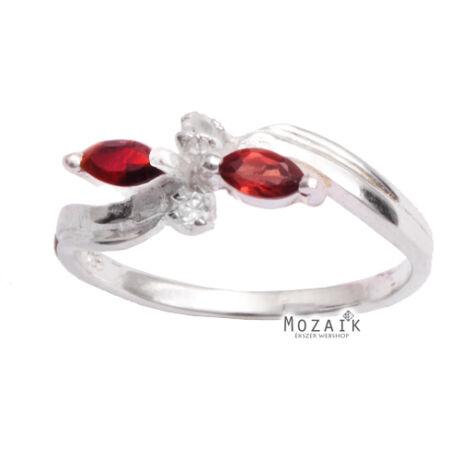 Ezüst Gyűrű Bordó Cirkóniával