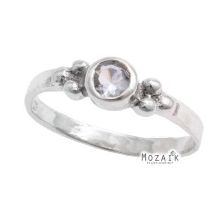 Ezüst Gyűrű Kék Kristálykövekkel