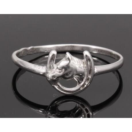 Ezüst Gyűrű Szerencsepatkóval és Lóval