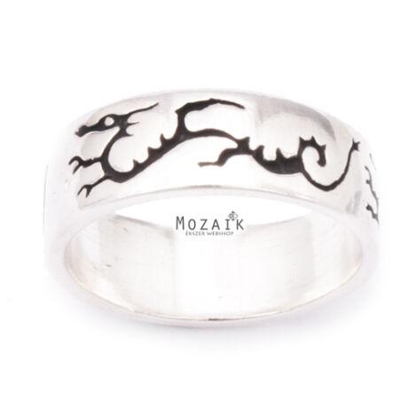 Ezüst Gyűrű Fekete Sárkány Mintával