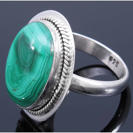 Sterling Ezüst Kaboson Gyűrű Malachittal