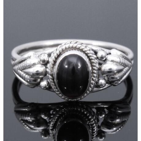 Sterling Ezüst Gyűrű Fekete Ónixszal